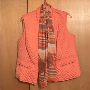 Plus scarf and vest set